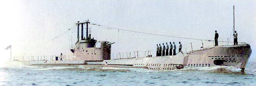 HMS Affray as she was completed with Oerlikon 'bandstand' seen aft of the fin. Snort has yet to be fitted. The guard rails & stanchions are interesting - the authors failing memory recalls that the stanchions were left in place while at sea to provide identification during the Summer Wars where the fleet was divided into two opposing sides.